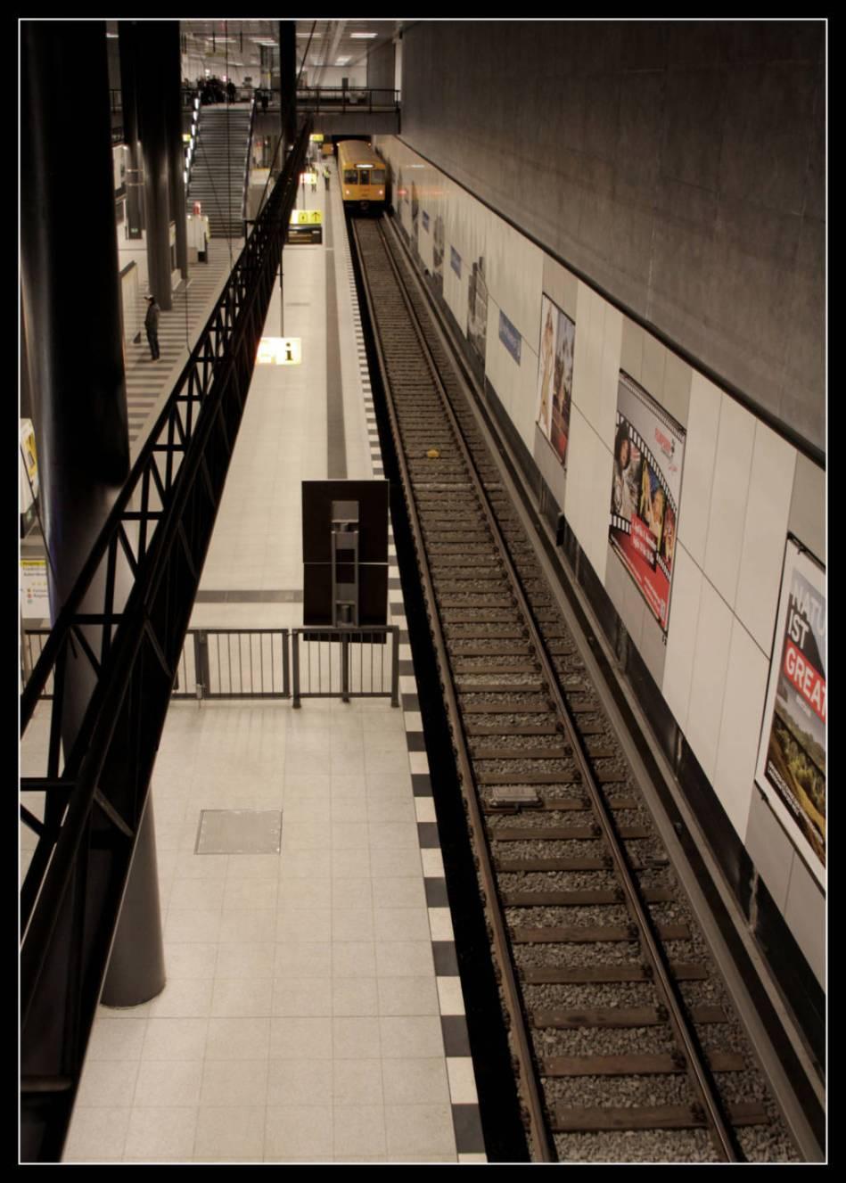 Hauptbahnhof 01-6